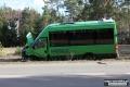 Wypadek autobusu i dw�ch osob�wek. Policja szuka �wiadk�w zdarzenia