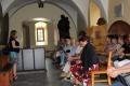 Seniorzy odkrywali tajemnice ostro��ckiego klasztoru (zdj�cia)