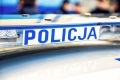 Pijany 49-latek zniewa�y� policjant�w i pr�bowa� ich przekupi�