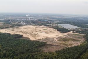 Działka po porzuconej budowie nowej elektrowni w Ostrołęce