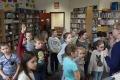 Dzieci z 'jedynki' z wizytą w bibliotece (zdjęcia)- szkic