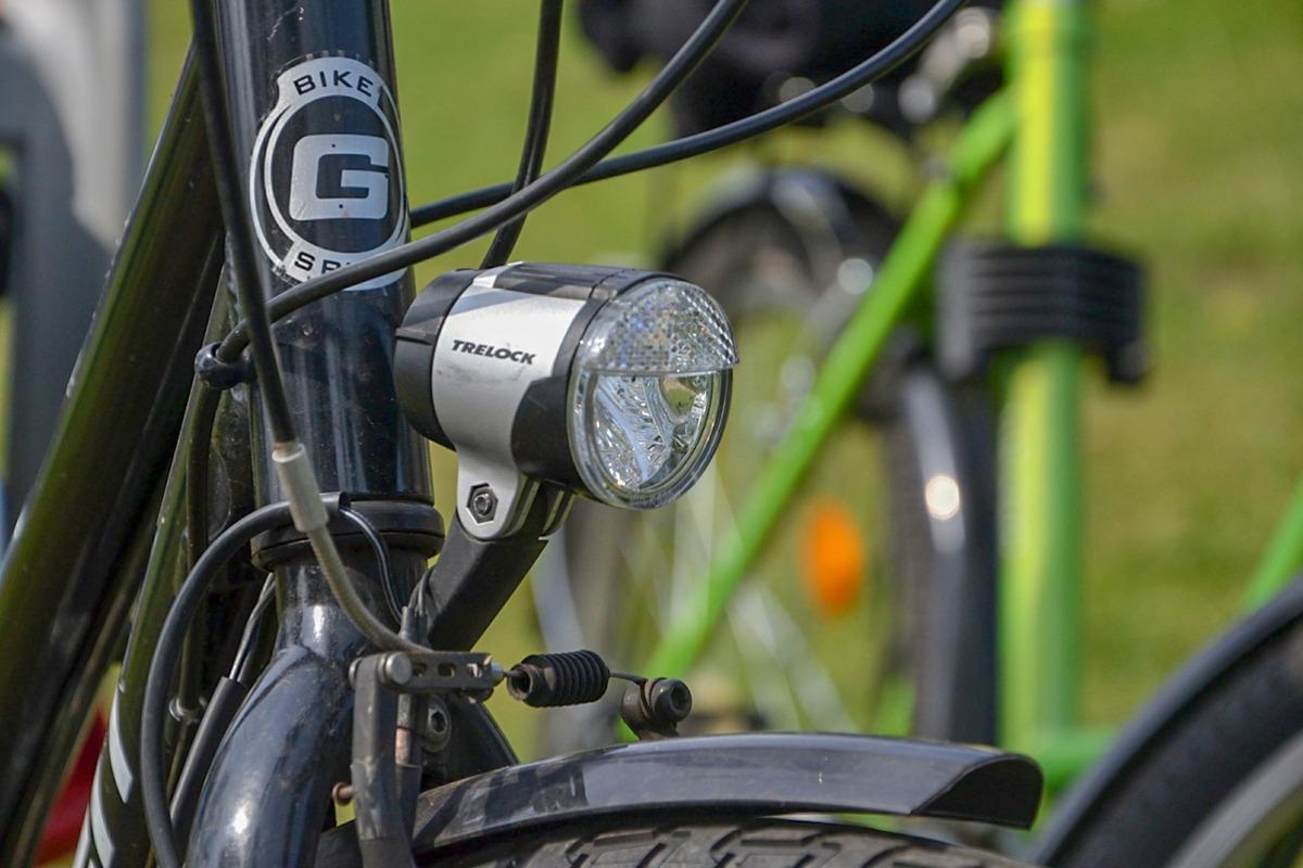 Jak Wybrać Lampkę Do Roweru Moja Ostrołęka
