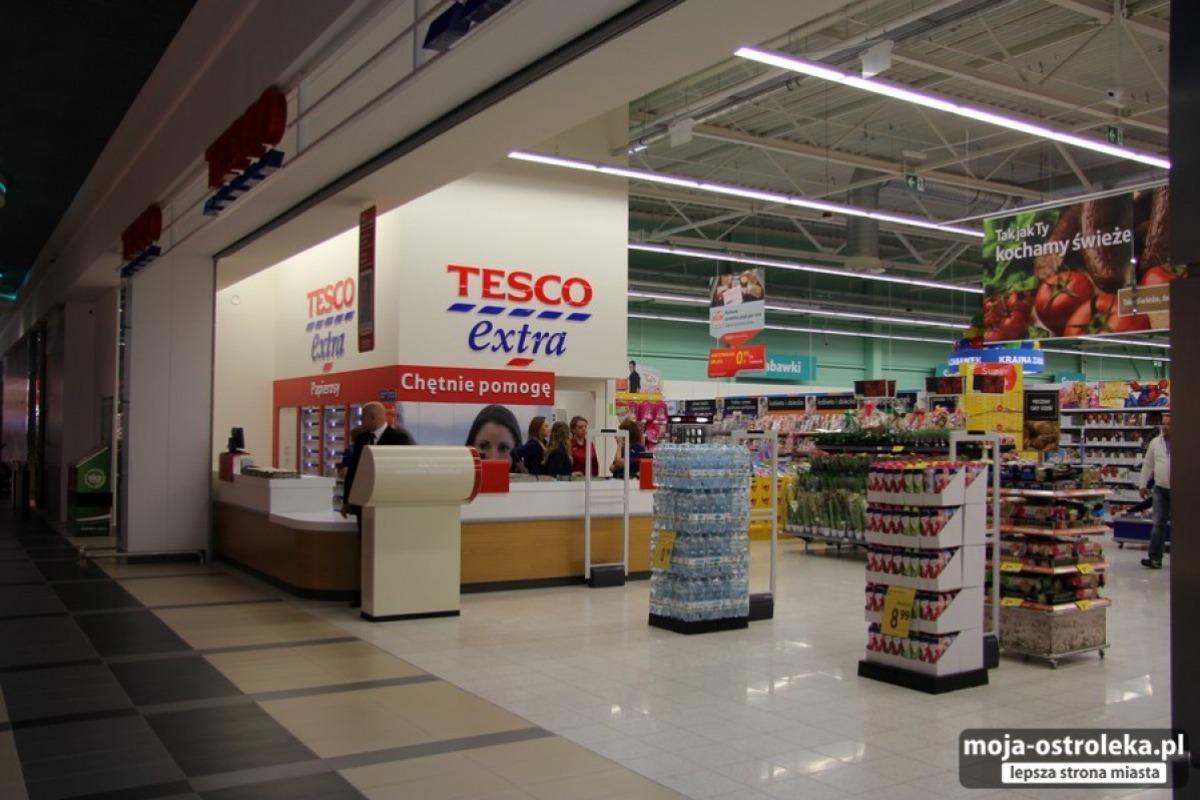 d5863f0985 Tesco ogłosiło zamknięcie w naszym kraju kolejnych sklepów. Z polskiego  rynku zniknie aż 13 punktów. Wśród nich nie ma na razie Ostrołęki