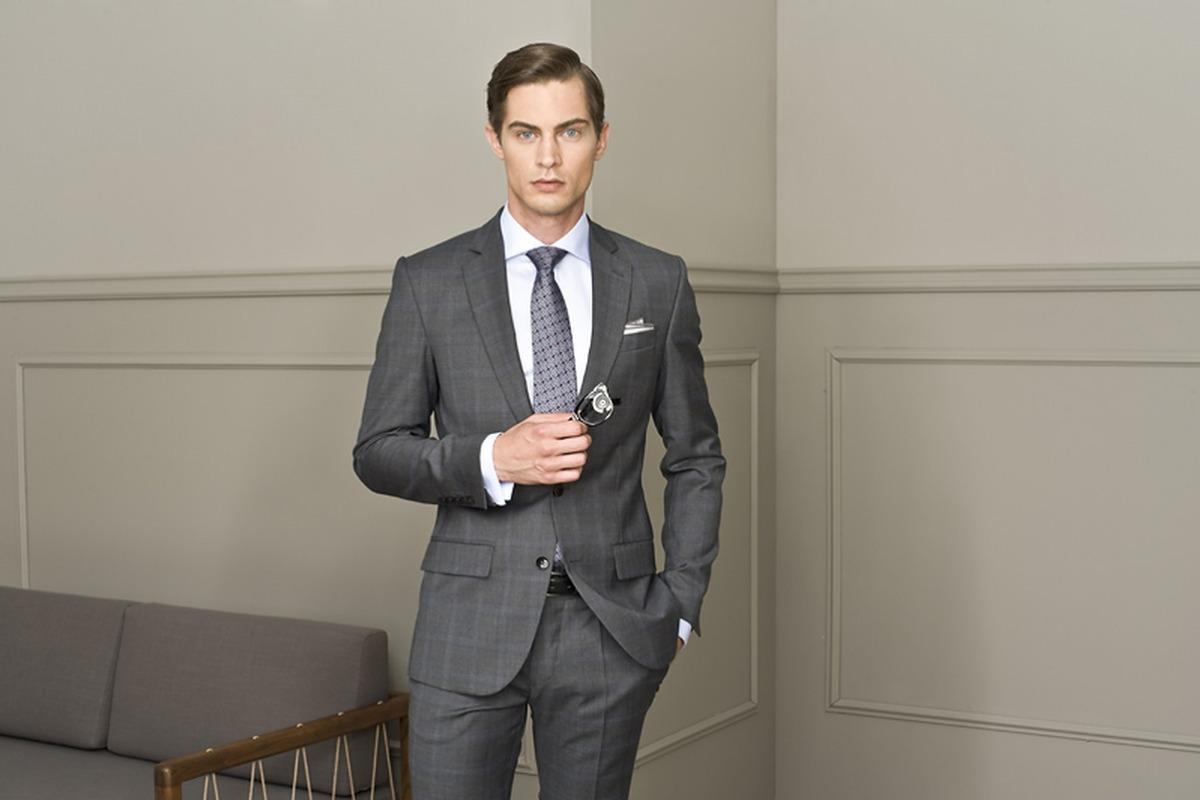 e4f74b2a57535 Recman - polska marka stylowej odzieży męskiej, której garnitury nosi sam  mistrz Wimbledonu, Łukasz Kubot - zaprasza 18 września do ostrołęckich  salonów na ...